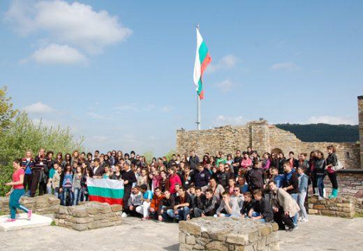 Д-р Милен Врабевски: Правим ли достатъчно, за да мотивираме младите хора да остават в България?
