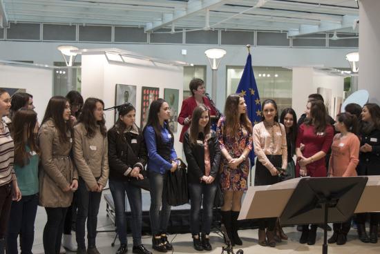 """""""Мила родино…"""" огласи централата на Европейската комисия в Брюксел"""
