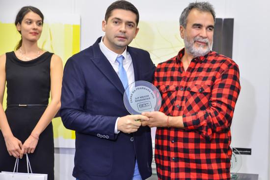 """Д-р Милен Врабевски с награда """"Татко на годината 2016"""""""