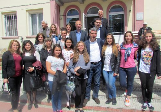 Д-р Милен Врабевски и Президента Росен Плевнелиев на среща с ученици от с.Рибново и с.Кочан