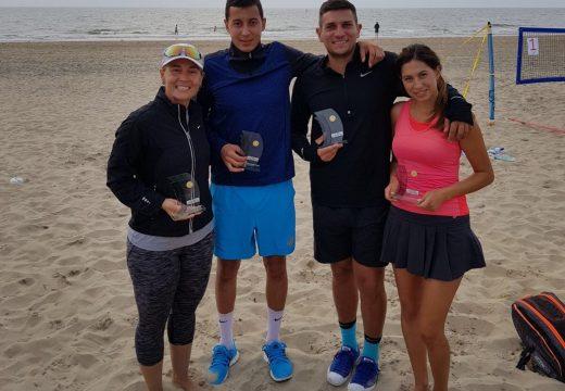 Триумф за националния ни отбор по плажен тенис в Амстердам