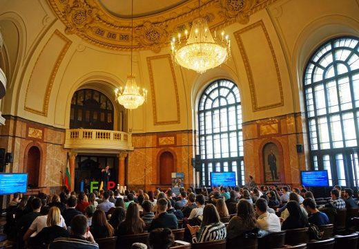 Д-р Врабевски сподели своята формула на успеха на конференцията LeapIN Sofia