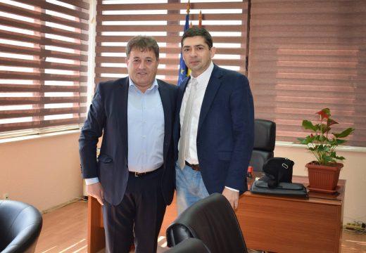 Д-р Врабевски се срещна с кмета на Ново село за предстоящото съвместно честване на 6 май
