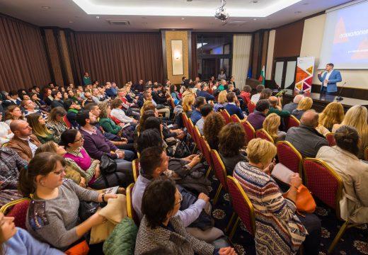Д-р Милен Врабевски изнесе вдъхновяваща лекция пред 250 човека във Варна