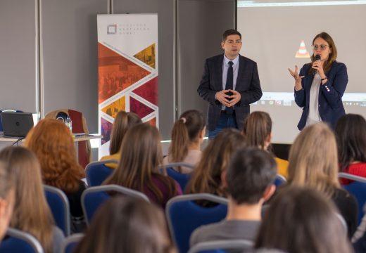 60 деца от Македония пристигнаха на посещение в България по покана на д-р Милен Врабевски
