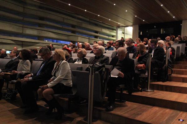 """Гости на дискусията """"Спасени през България"""" """"Център за мир Перес"""" – Тел Авив, 19 декември 2013"""